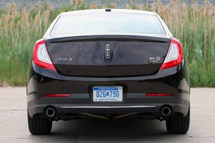 2013 Lincoln MKS EcoBoost rear view