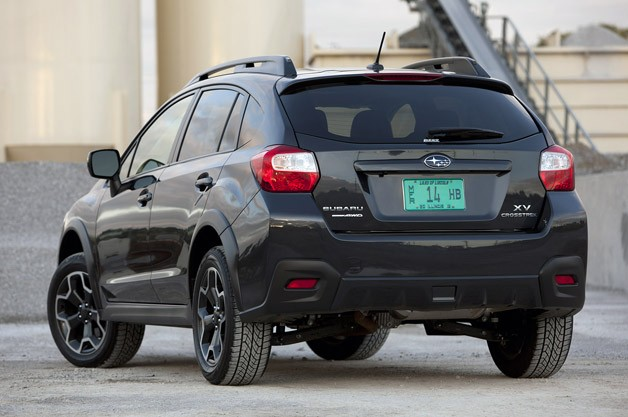 2013 Subaru XV Crosstrek rear 3/4 view