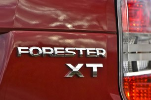2014 Subaru Forester badge