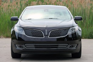 2013 Lincoln MKS EcoBoost front view