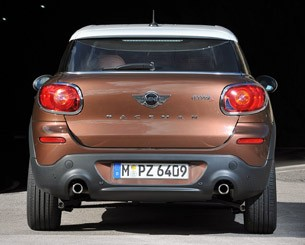 2014 Mini Cooper S Paceman rear view