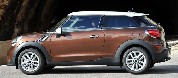2014 Mini Cooper S Paceman side view