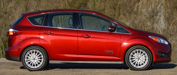 2013 Ford C-Max Energi side view