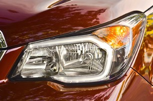 2014 Subaru Forester headlight