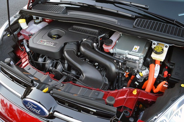 2013 Ford C-Max Energi engine