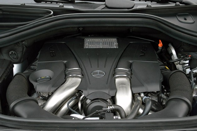 2013 Mercedes-Benz GL550 engine