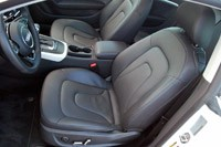 2013 Audi A5 2.0T Quattro front seats