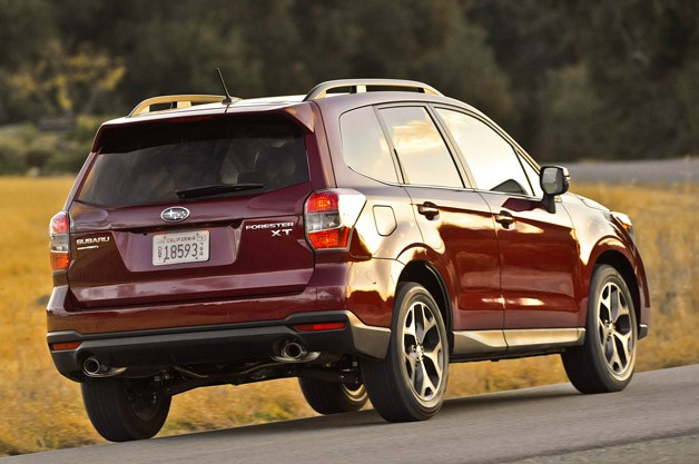 2014 Subaru Forester rear 3/4 view