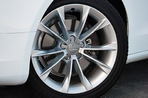 2013 Audi A5 2.0T Quattro wheel