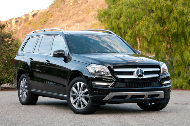 2013 Mercedes-Benz GL350 BlueTec - front three-quarter view