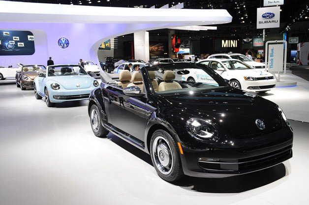 2013 Volkswagen Beetle Convertible Decade Editions
