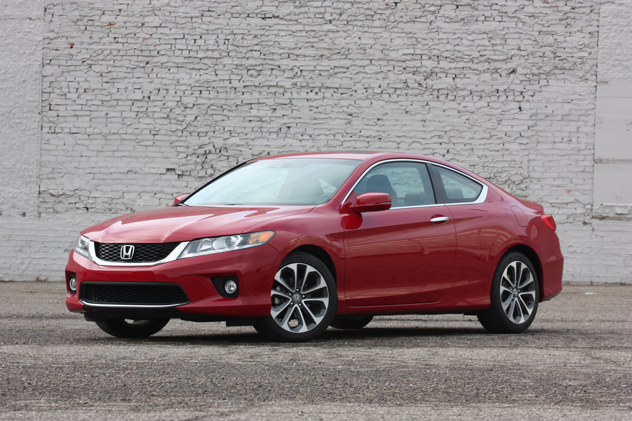 2013 honda accord coupe v6 6mt autoblog for Honda accord used 2013