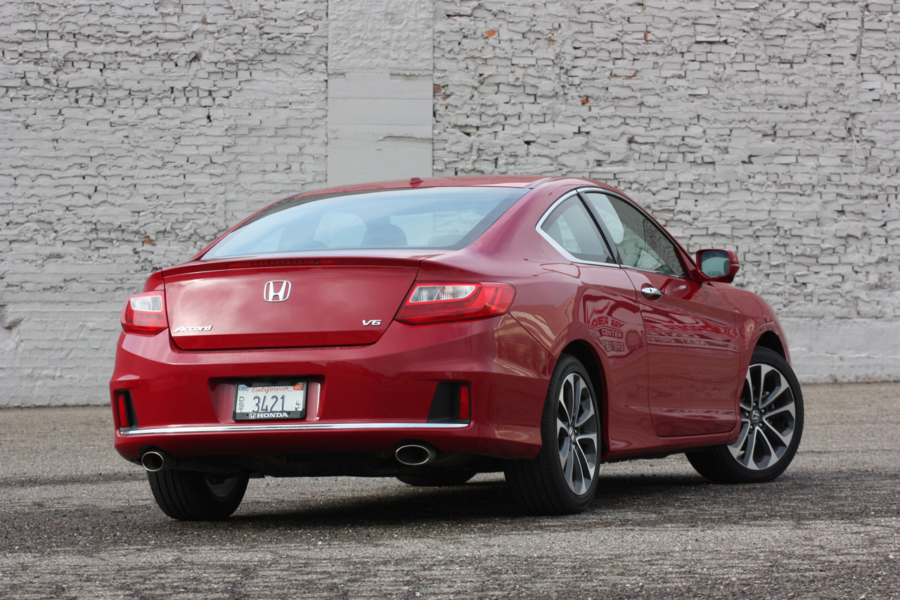 2013 honda accord v6 coupe quick spin photo gallery. Black Bedroom Furniture Sets. Home Design Ideas