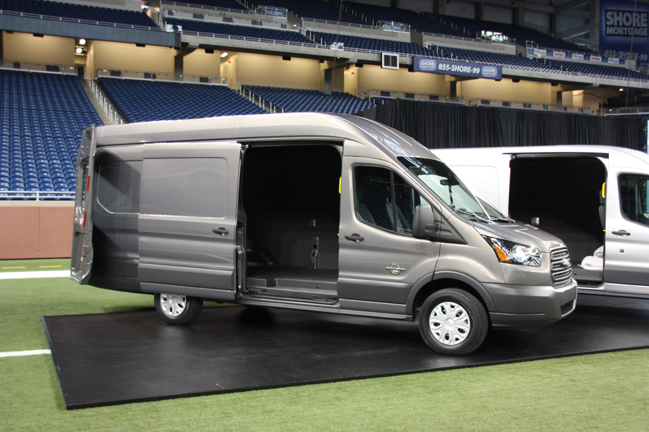 2014 ford transit live photo gallery autoblog. Black Bedroom Furniture Sets. Home Design Ideas