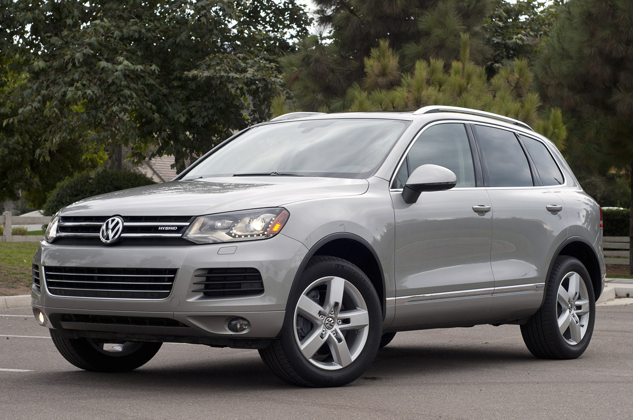 2012 volkswagen touareg hybrid review photo gallery autoblog. Black Bedroom Furniture Sets. Home Design Ideas