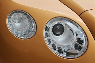 2013 Bentley Continental GT V8 headlights