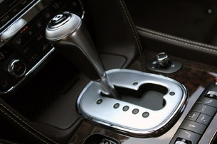 2013 Bentley Continental GT V8 gear selector