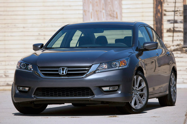 <i>Consumer Reports</i> adore event with Honda behind upon lane with 2013 Accord [w/video]