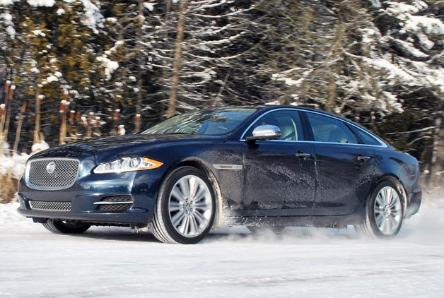 2013 Jaguar XJ AWD romping through the snow