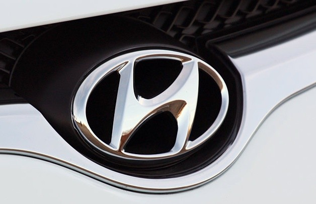 Hyundai badge