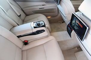 2013 BMW 750Li rear seats