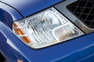2012 Nissan Frontier Crew Cab 4x4 headlight