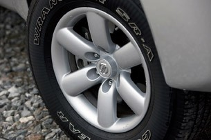 2012 Nissan Titan wheel