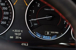 2013 BMW ActiveHybrid 3 charge display