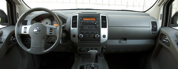 2012 Nissan Frontier Crew Cab 4x4 interior
