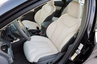 2013 Dodge Dart front seats