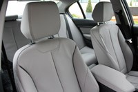 2013 BMW ActiveHybrid 3 front seats