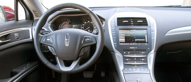 2013 Lincoln MKZ interior