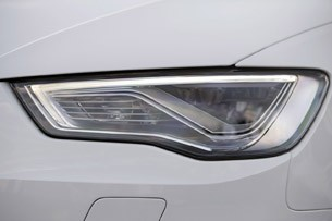 2014 Audi A3 Sportback headlight