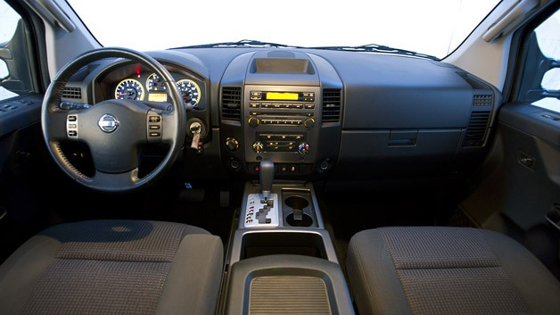 2012 Nissan Titan interior