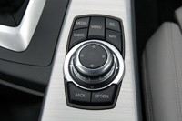 2013 BMW ActiveHybrid 3 infotainment system controls