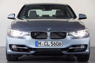2013 BMW ActiveHybrid 3 front view