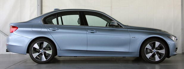 2013 BMW ActiveHybrid 3 side view