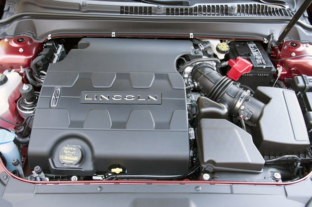 2013 Lincoln MKZ engine