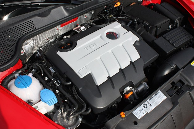 2013 Volkswagen Beetle TDI Convertible engine