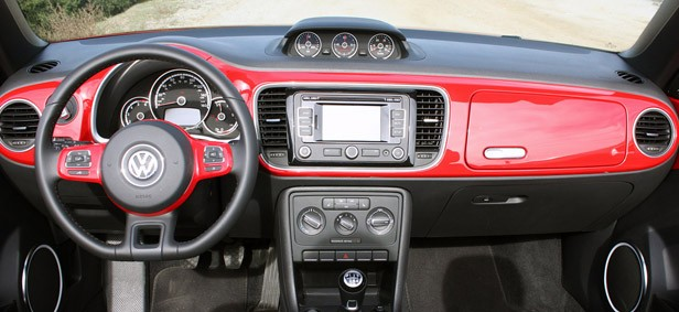 2013 Volkswagen Beetle TDI Convertible interior