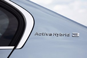 2013 BMW ActiveHybrid 3 badge