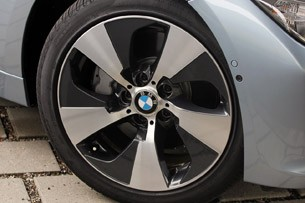 2013 BMW ActiveHybrid 3 wheel