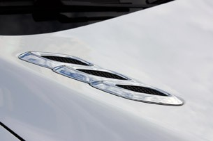 2013 Buick Encore hood vent