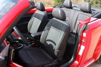 2013 Volkswagen Beetle TDI Convertible front seats
