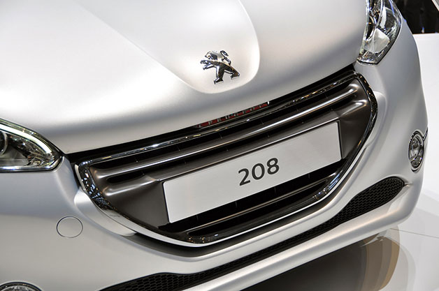 EU rigourously questions French supervision benefit of Peugeot's financial arm