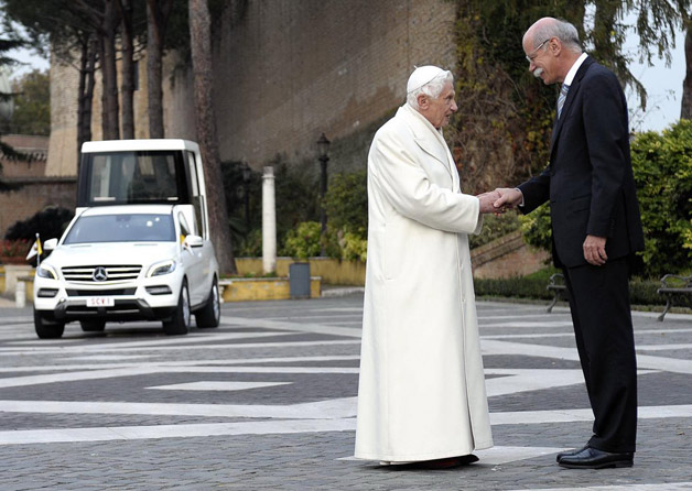 pope benedict xvi and dieter zetsche with the popemobile