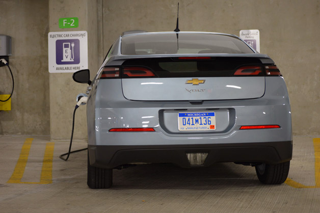 Chevrolet Volt Charging
