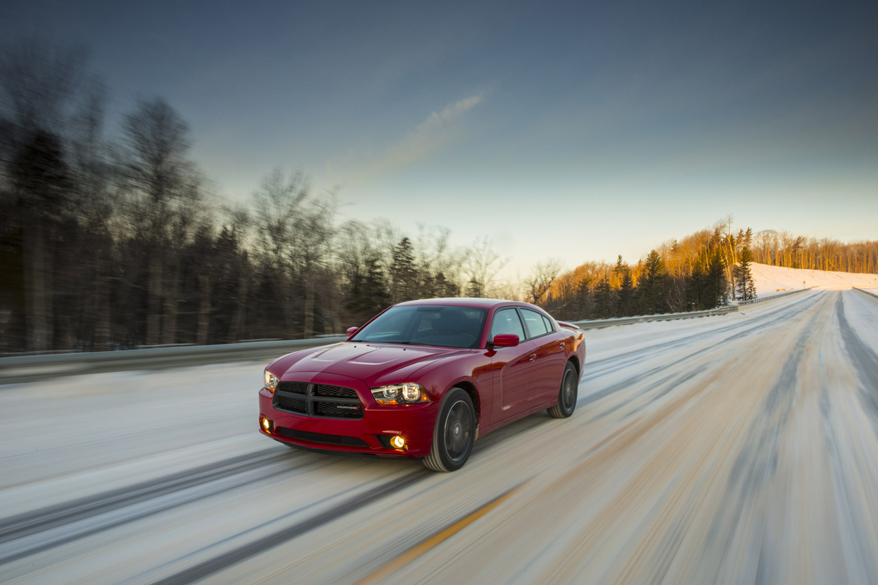reviews sxt seasons a makes front car wheels ca dodge all for awd charger