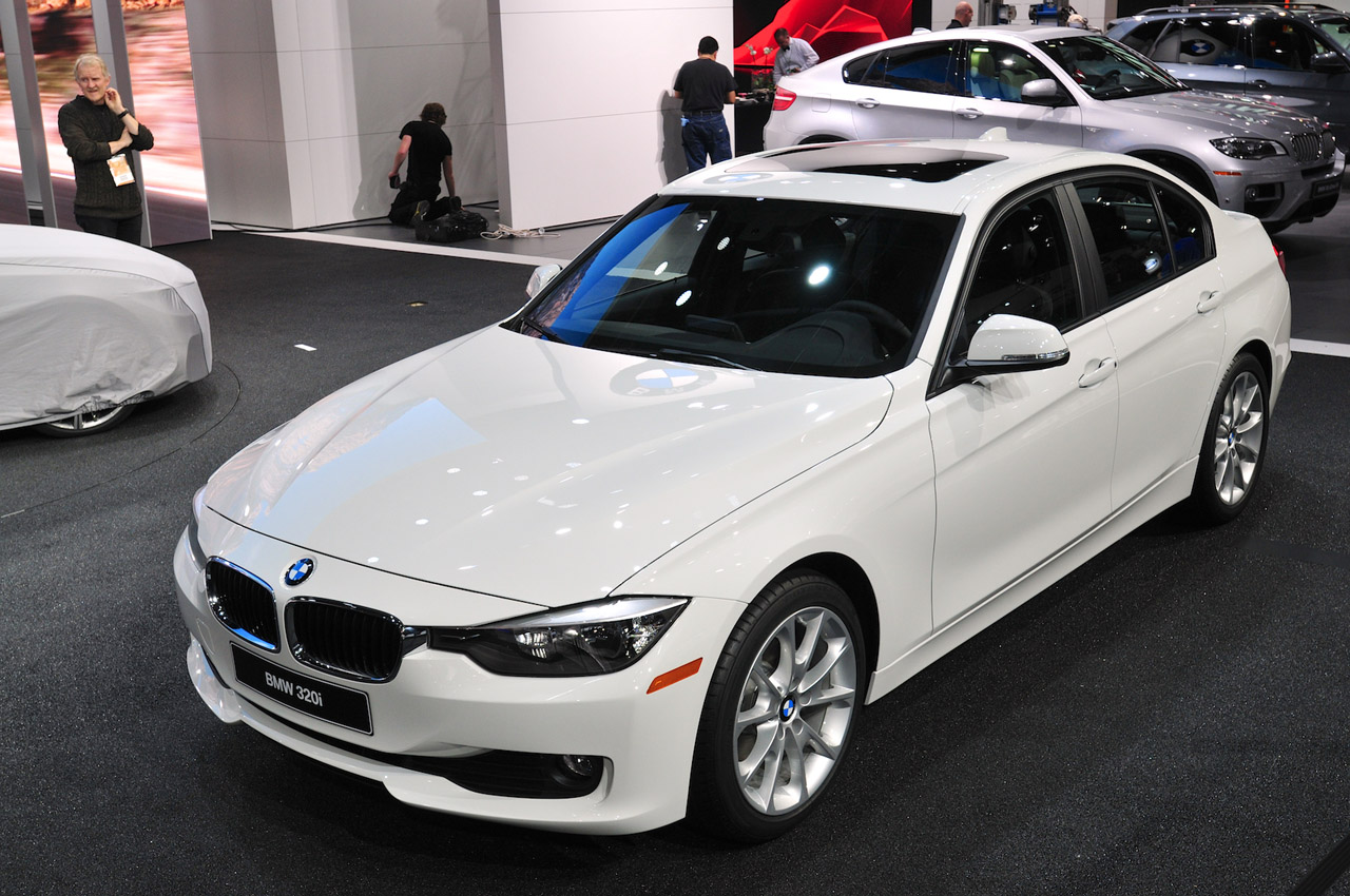 Bmw Adds New Entry Level 320i Model Priced From 33 445