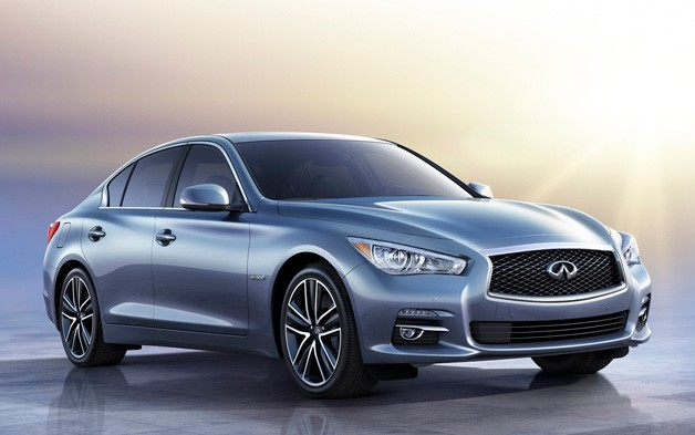 2014 Infiniti Q50 - front three-quarter view